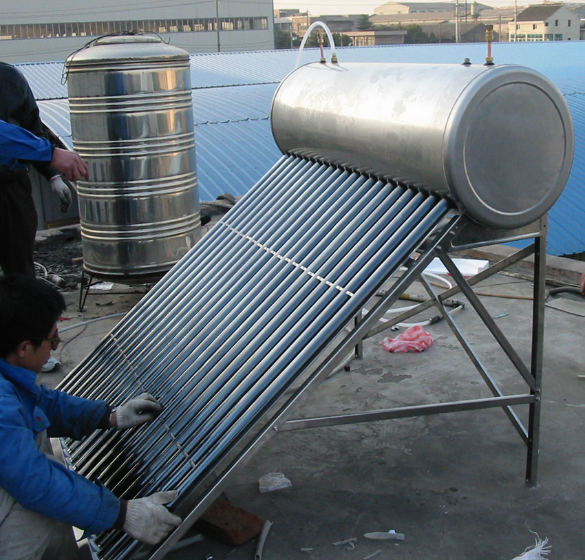 Copper coil Stainless Steel pressurized Solar water heater