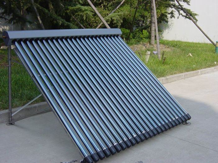 Direct Pressurized Heat Pipe Solar Water Heater